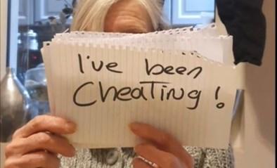 Man ontdekt bedrog van vrouw, maar dan komt aap uit de mouw