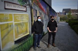 Van Berke den hottentot tot café Rust der Werklieden: sprookjesachtige muurschildering fleurt steegje Sint-Antoniusstraat op