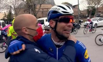 """Fabio Jakobsen apetrots op winnende Mark Cavendish: """"Hij verdient dit als grote kampioen"""""""