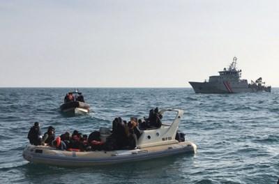 """Mensensmokkelaars vragen vrijspraak: """"Met dat bootje hebben ze niks te maken"""""""