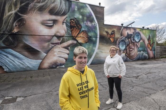 Overleden kindjes toch beetje verbonden aan kinderdagverblijf: gigantisch graffitikunstwerk staat bol van symboliek