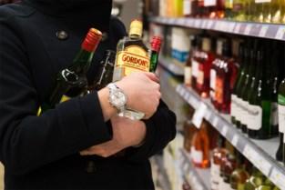 Tot drie jaar cel voor liefst dertig diefstallen van sterke drank over heel Vlaanderen