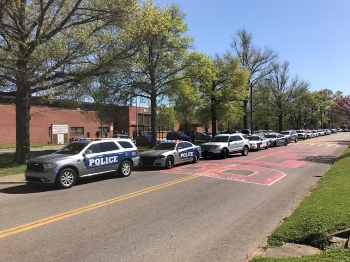 Gewapende leerling doodgeschoten door politie, agent gewond op school in Tennessee