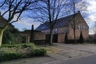 Home-invasion in Kleine-Brogel: bewoner (57) bedreigd met mes, dochter (19) getuige