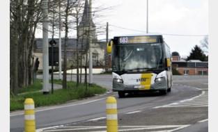 Bus 683 toert weer langs het Sport Vlaanderen-domein