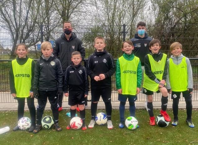 Succesvolle testdag voor zaalvoetbalproject… buiten