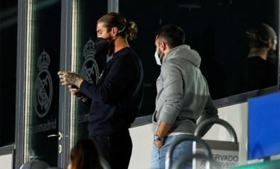 Geblesseerde Sergio Ramos loopt nu ook coronabesmetting op bij Real Madrid