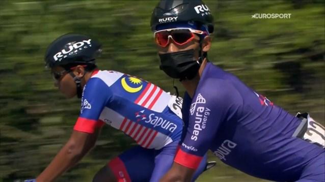Opvallend: renner rijdt met dikke handschoenen én mondmasker rond in de Ronde van Turkije