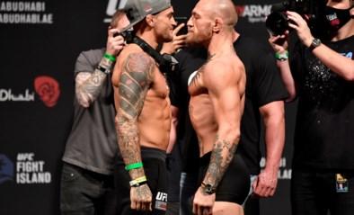 """Conor McGregor slaat wild om zich heen na uitspraak van Dustin Poirier: """"Het gevecht gaat niet door, hersendode <I>hillbilly</I>"""""""