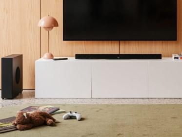 Betere klank zonder ingewikkelde snufjes: wij testten een consumentvriendelijke en betaalbare soundbar voor bij de televisie