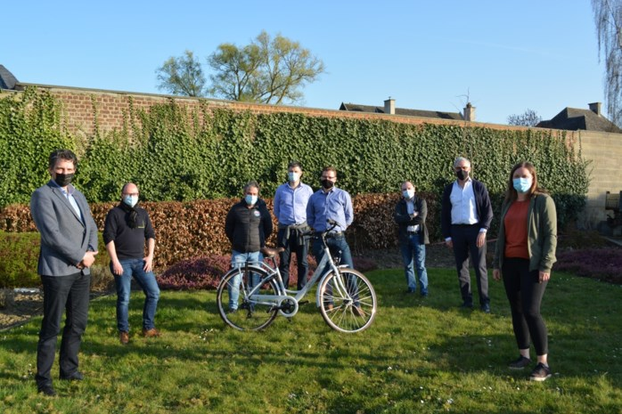 Pieter-Jan wint fiets dankzij wandeling