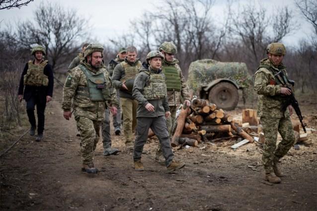 """Duizenden Russische soldaten aan Oekraïense grens"""