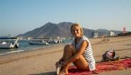"""Reisleidster Jasmine (23) belandde in Egyptische cel na verkeersongeval: """"Geen idee of het dag of nacht was"""""""