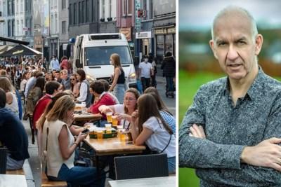 """Geert Molenberghs waarschuwt voor versoepelingen: """"Als je straks na je terrasje een ongeval hebt, zal niemand je kunnen helpen"""""""