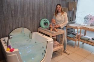 """Kapster en schoonheidsspecialiste Zoë opent nu ook een baby spa: """"Ik sta te popelen om te beginnen"""""""