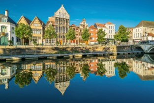 Mechelen stelt verkoop historisch pand De Zalm uit wegens te laag bod