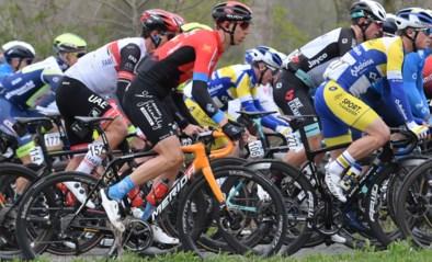 KOERSNIEUWS. Team DSM trekt met Hindley en Bardet naar de Giro, Bernal past voor Tour of the Alps