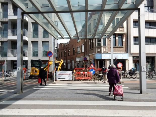 Tijdelijke omweg voor voetgangers en fietsers