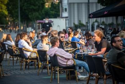 Horeca blijft achter met veel vragen: terrassen gaan straks open, maar welke regels zijn er van kracht?