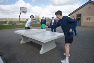 Dartsborden en pingpongtafels vergroten outdoor ontmoetingsmogelijkheden
