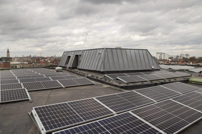 De Spil wekt energie op via zonnepanelen