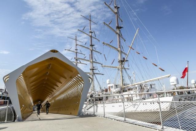 Nieuw cruiseponton in Antwerpen in gebruik genomen