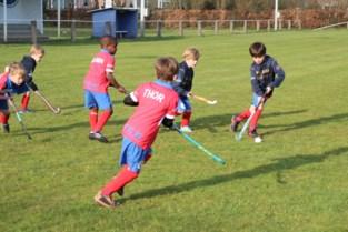 """Sterk groeiende sportclub tevreden met nieuwe locatie: """"We leggen als eerste in Vlaanderen een gecombineerd terrein aan voor hockey én frisbee""""<BR />"""