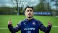 """Anouar Ait El Hadj (18), op zoek naar de roots van het ontluikende Anderlecht-talent: """"Ik ben fier dat ik uit Molenbeek kom"""""""
