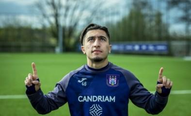 """Op zoek naar de roots van het ontluikende Anderlecht-talent: """"Ik ben fier dat ik uit Molenbeek kom"""""""