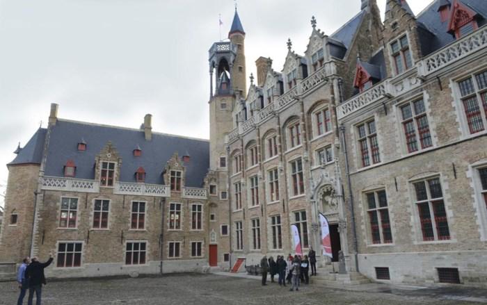 Stad Brugge ontvangt schadevergoeding voor gebrekkige restauratie Gruuthusepaleis