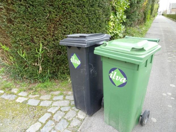 """Eerste ophaling nieuwe containers draait in de soep: """"Mensen die geen afval buitenzetten, moeten toch betalen"""""""