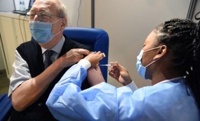 55-plussers krijgen al prikje en ze kunnen zelf vaccin kiezen: in Brussel doen ze het anders dan in Vlaanderen