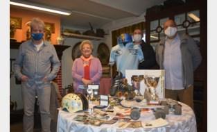 Ronny laat rolschaatsverleden herleven dankzij mooie gift aan Heemkundige Kring