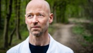 """Intensivist Geert Meyfroidt neemt voor eerst paar dagen rust sinds corona: """"Werken met schrik voor je leven. Dat is traumatiserend"""""""