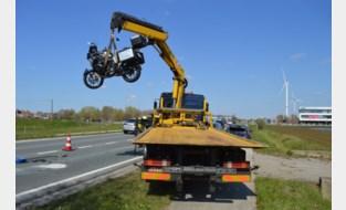 Motorrijder afgevoerd na kopstaartbotsing
