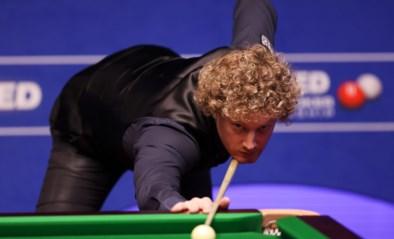 Neil Robertson met overmacht voorbij Wenbo op WK snooker