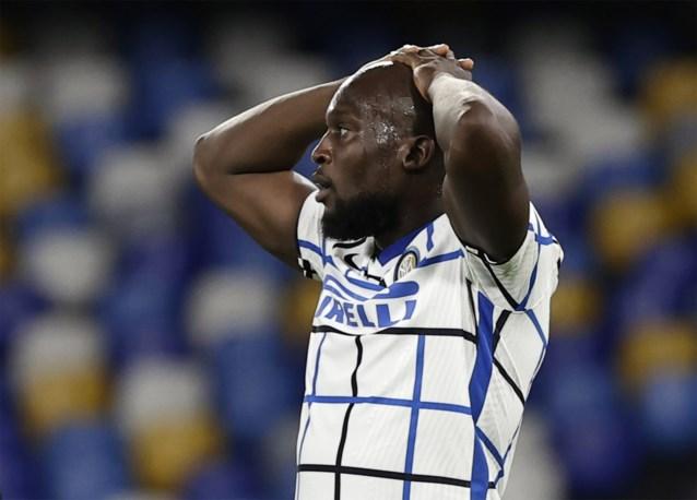 Romelu Lukaku raakt twee keer het doelhout, maar kan met Inter niet winnen van Dries Mertens
