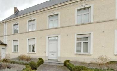 "Kruisem verkoopt dekenij van Kruishoutem: ""Minstens 520.000 euro voor unieke pastoriewoning"""
