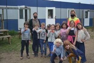 """Eureka-kinderen nemen containerklassen in gebruik: """"Units sluiten mooi aan bij de school"""""""