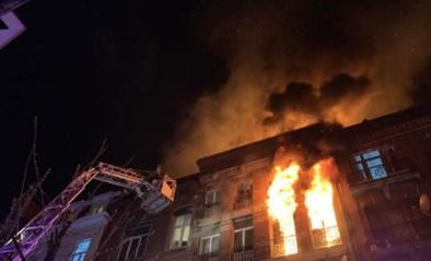 Zware brand in Anderlecht: lichaam aangetroffen in huis - vier personen, onder wie kind, vechten nog voor hun leven