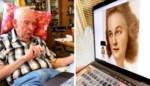 Weduwnaar geëmotioneerd wanneer foto van overleden vrouw tot leven komt