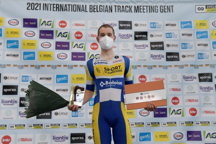 """Fabio Van Den Bossche toont Elia Viviani en Jan-Willem van Schip zijn hielen: """"Heel mooi orgelpunt"""""""