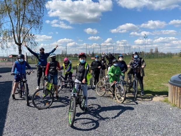 Anderstalige kinderen ontdekken vrijetijdsaanbod tijdens fietstocht