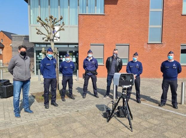 Hier heb je maar beter geen zware voet: politiezone neemt 'superflitser' in gebruik