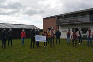 Lions Club steunt scouts bij bouw nieuw lokaal