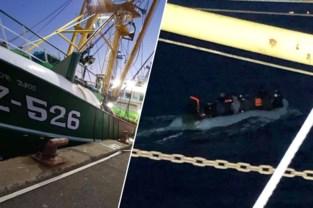 """Belgische vissersboot redt mee het leven van transmigranten in opblaasbootje voor Franse kust: """"Ook vrouwen en kinderen aan boord"""""""