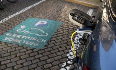 Minister Van Peteghem wil fiscaal voordeel afschaffen voor diesel- en benzinewagens: straks zijn enkel groene bedrijfswagens interessant