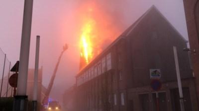 """Kloosterzusters ontsnappen aan felle brand die eeuwenoude kapel in de as legt: """"Een drama, want het gebouw heeft grote emotionele waarde"""""""
