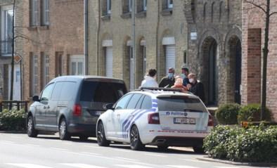 Moeder treft lichaam van 34-jarige zoon aan in zijn woning: onderzoek naar verdacht overlijden
