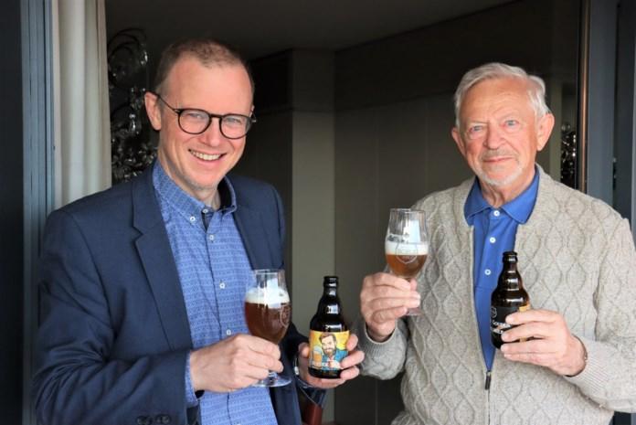 """Het begon met een brouwpakket dat hij kreeg van zijn dochter, nu valt Peter (53) al in de prijzen met zijn bier: """"Ik heb de smaak te pakken"""""""